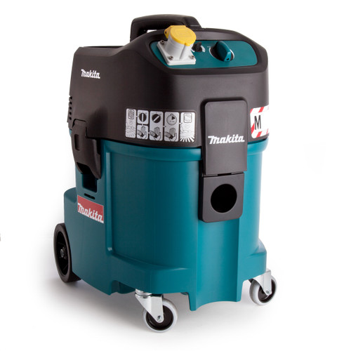 Makita 447M 45L Wet and Dry Dust Extractor 240V  - 2