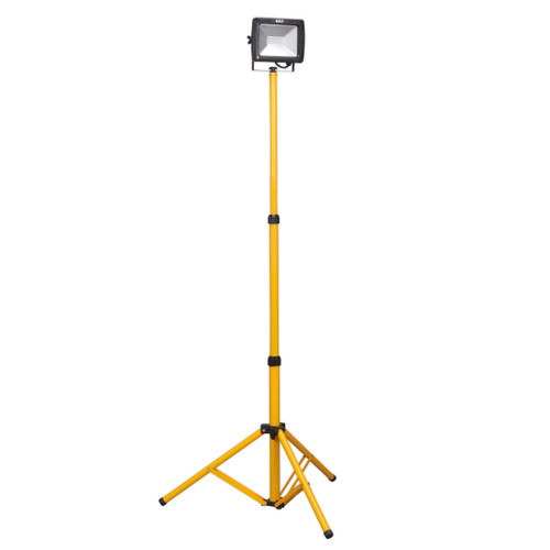 Buy Sealey LED103 Telescopic Floodlight 20w Smd Led 110v at Toolstop