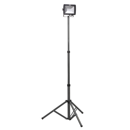 Buy Sealey LED102 Telescopic Floodlight 20w Smd Led 240V at Toolstop