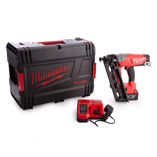 Milwaukee M18CN16GA-0X Fuel Finishing Nailer With Charger and Battery in Dynacase - 3