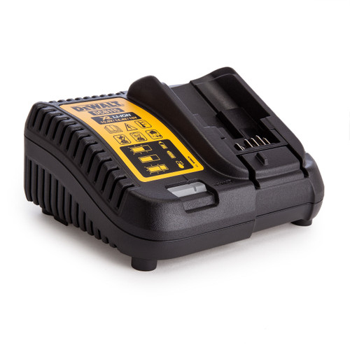 Dewalt DCB115 XR Multi-Voltage Charger 10.8V-18V - 3