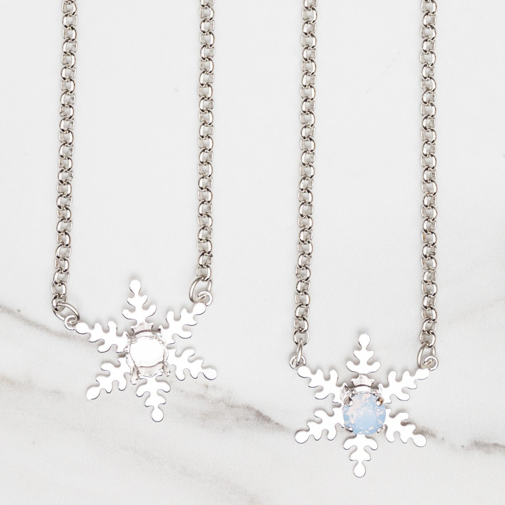 8.5mm | Single Snowflake Necklace | One Piece
