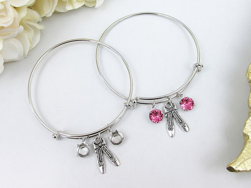 8.5mm | Ballet Slippers Charm Bangle Bracelet | One Piece