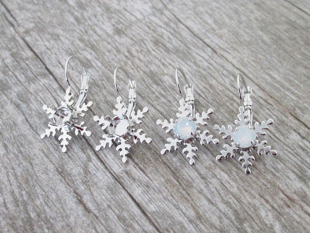6mm (29ss) Snowflake Lever Back Earrings