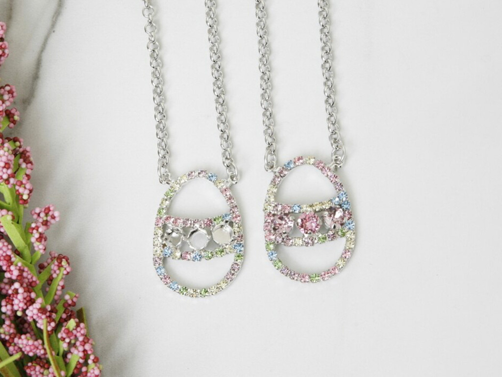 6mm   Three Setting Easter Egg Rhinestone Necklace   One Piece
