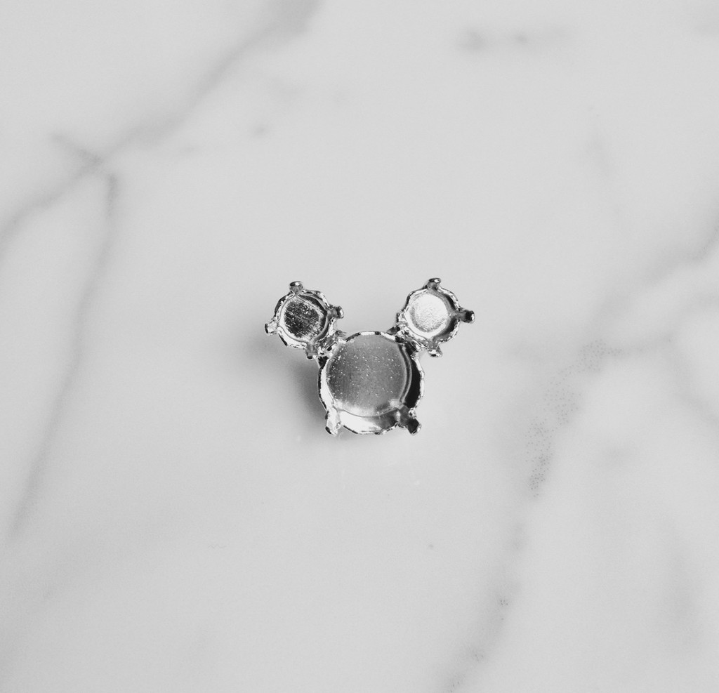 6mm & 11mm | Mouse Design Pin | One Piece