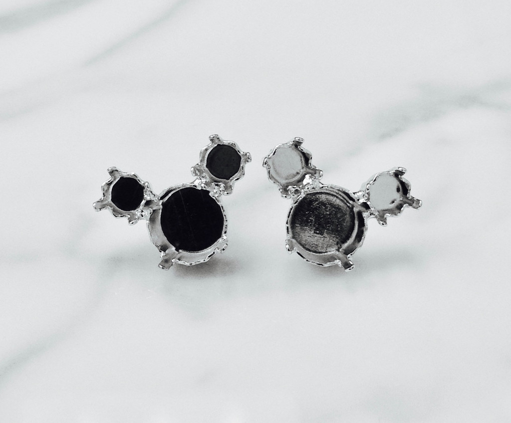 6mm & 8.5mm | Mouse Stud Earrings