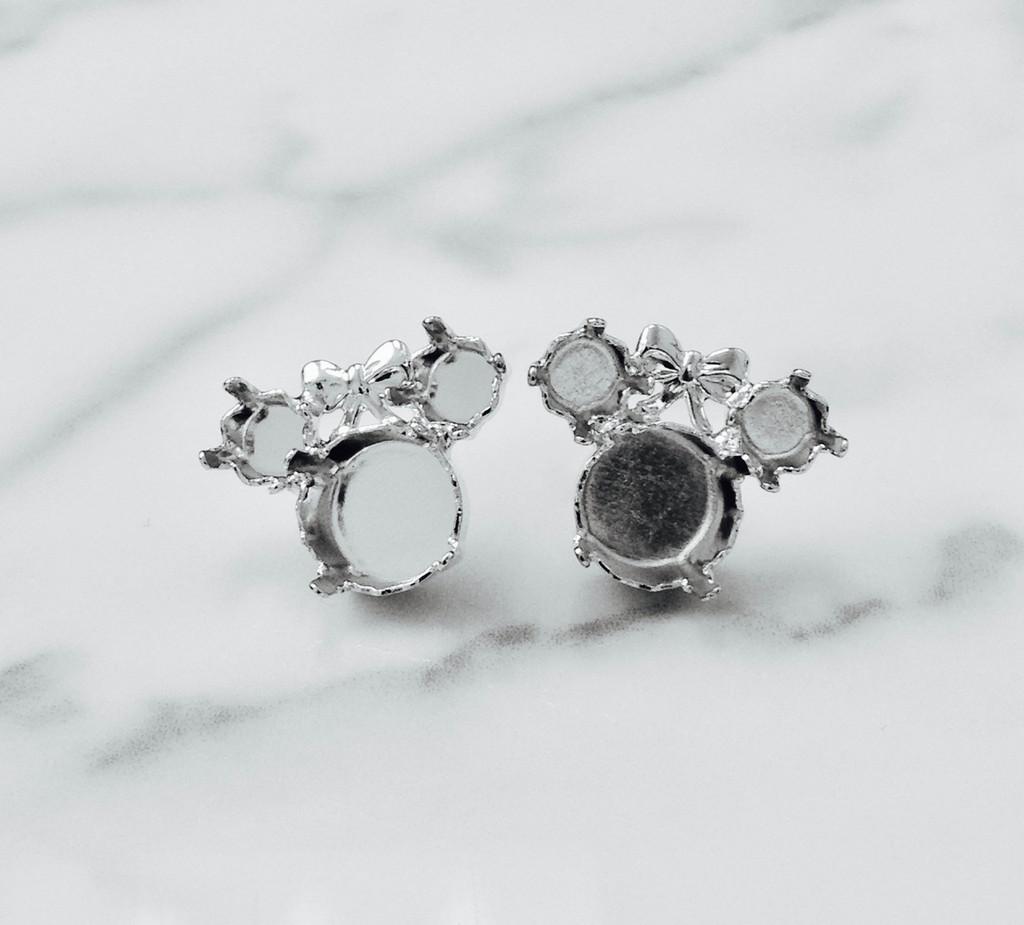6mm & 11mm | Girl Mouse Stud Earrings
