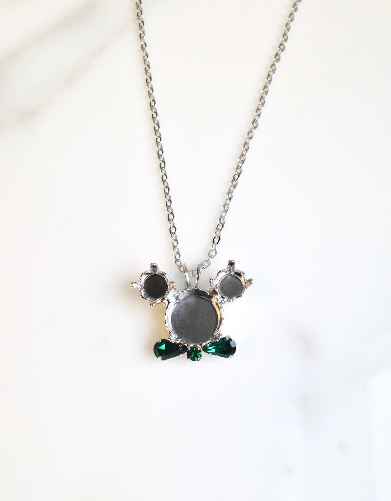 6mm & 11mm | Irish Boy Mouse Pendant Necklace