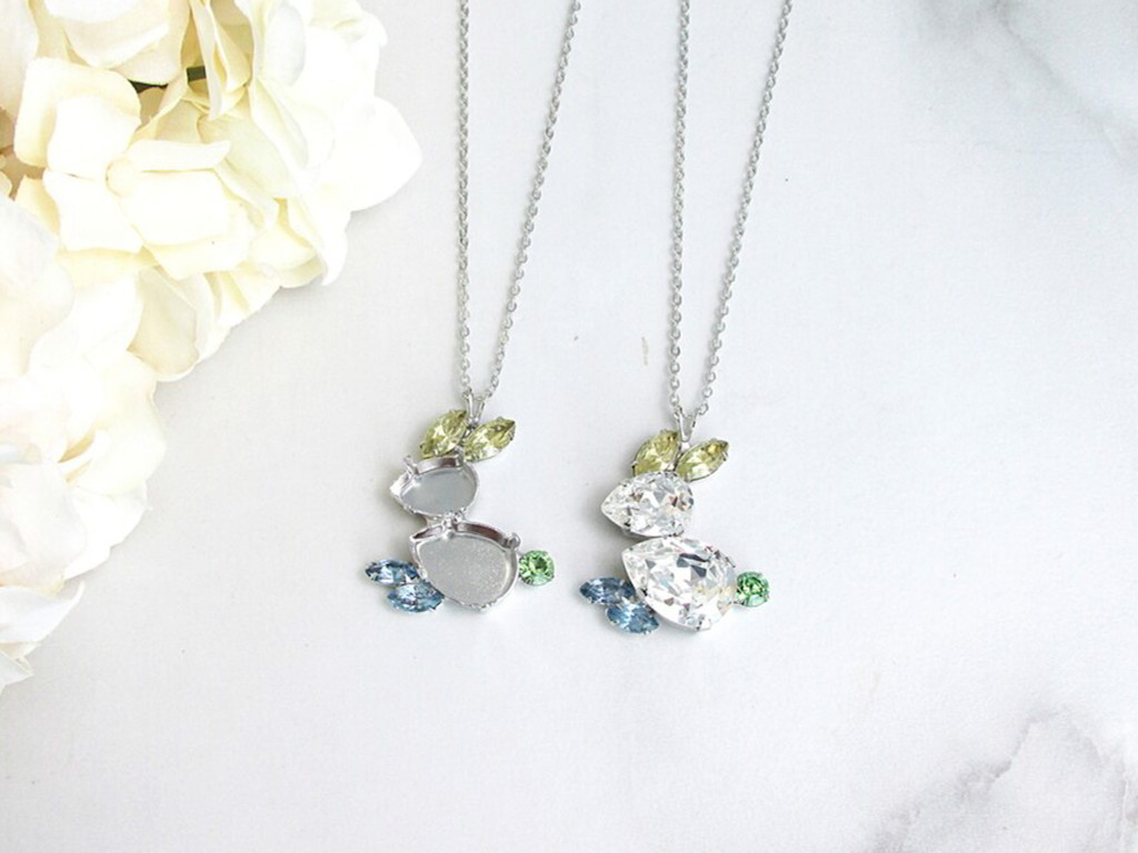 14mm x 10mm & 18mm x 13mm Pear | Easter Bunny Necklace | One Piece