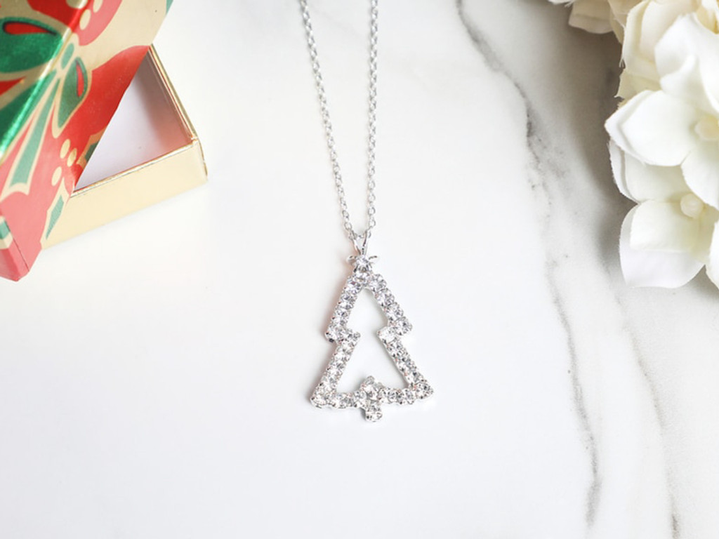 Crystal Outline Christmas Tree Necklace | One Piece