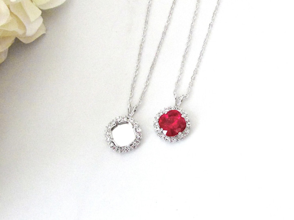 10mm Square | Crystal Halo Single Pendant On Necklace Chain | One Piece