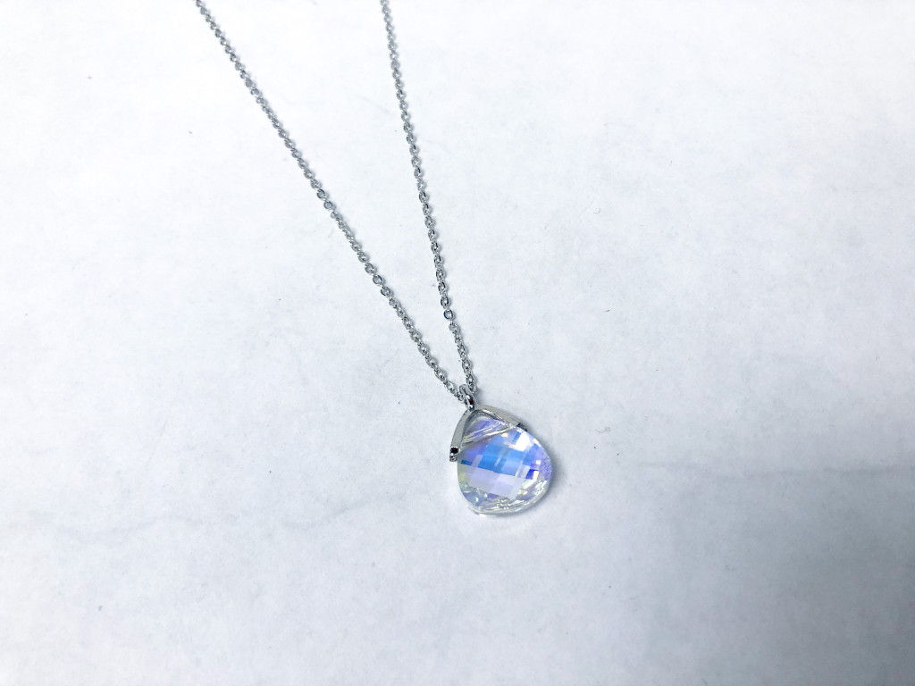 Pendant Necklace with Swarovski Briolette 15x14mm Crystal AB | Delicate Chain