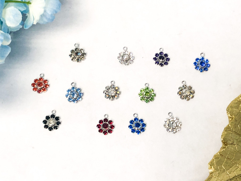 10mm Floral Findings with Ring made with Swarovski Crystal | Random 10 Piece Lot