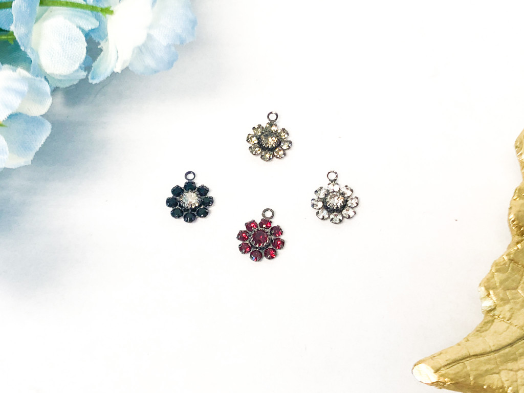 10mm Floral Hematite Findings with Ring made with Swarovski Crystal | Random 10 Pieces