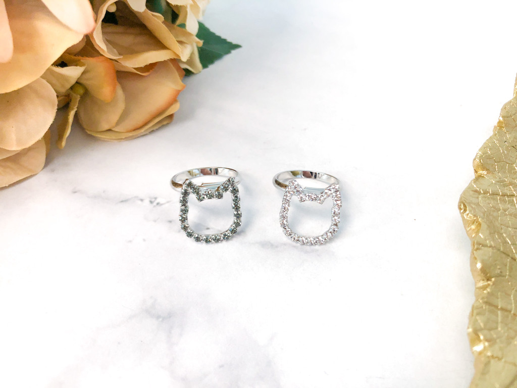 Cat Rings made with Swarovski Crystals   2 Pieces
