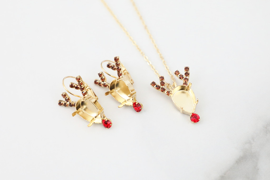 14mm x 10mm Pear | Red Nose Reindeer Crystal Rhinestone Necklace & Earrings | One Set