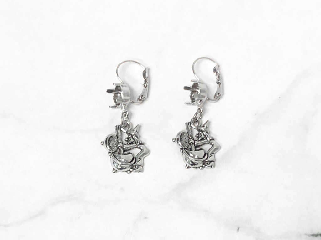 8.5mm | One Setting Drop & Witch's Brew Charm Earrings | One Pair