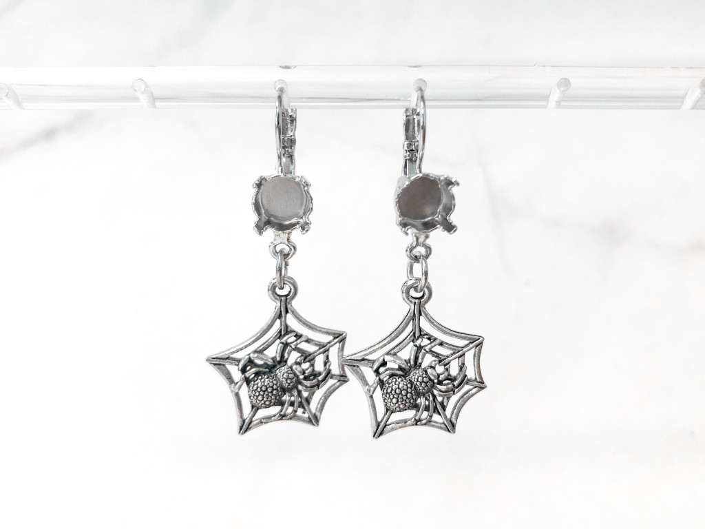 8.5mm | One Setting Drop & Spider Web Charm Earrings | One Pair