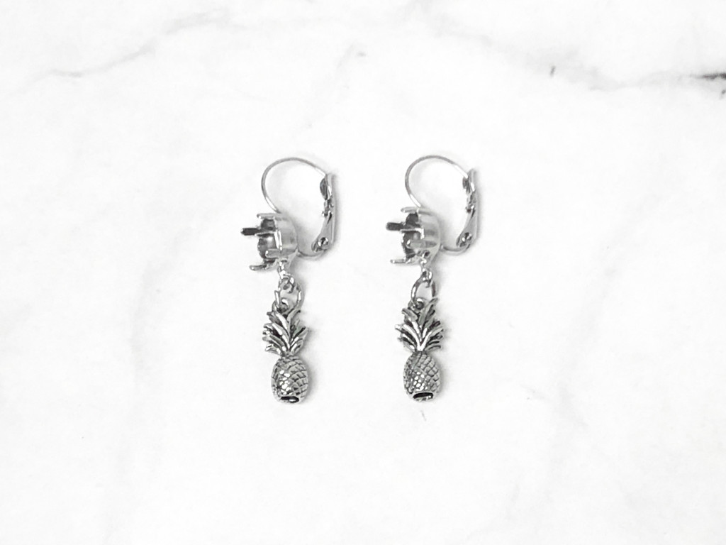 8.5mm | One Setting Drop & Pineapple Charm Earrings | One Pair