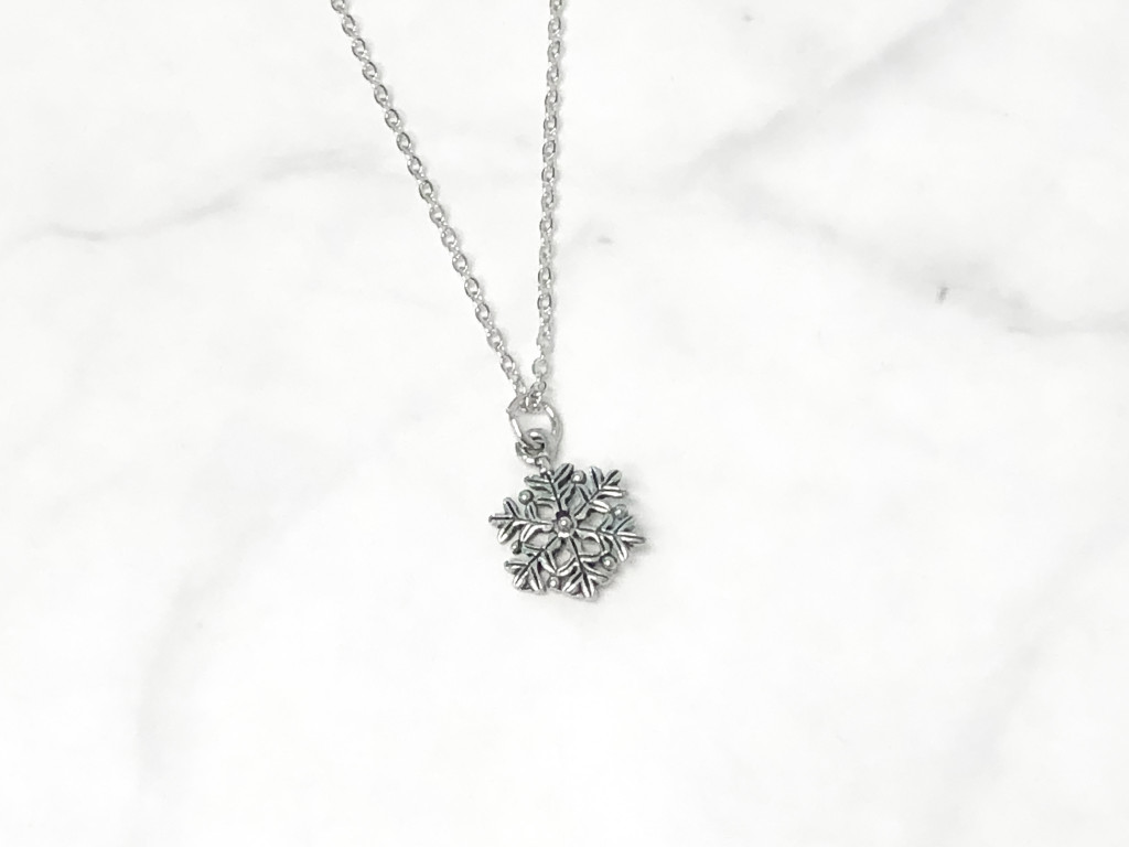 Fancy Snowflake Charm Necklace | One Piece