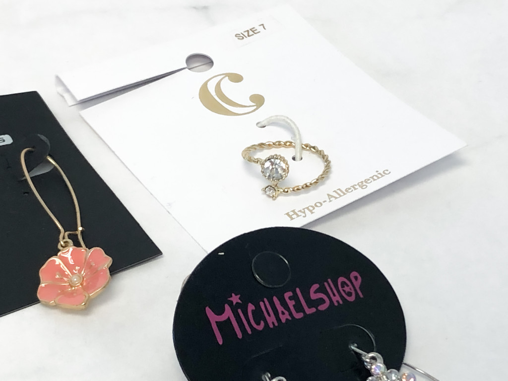 Mixed Earrings and Ring Lot | 5 Pieces
