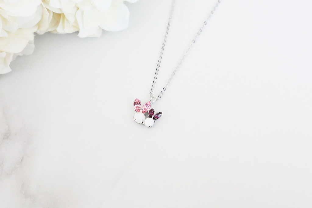 Large and Small Bunny Rhinestone Necklace | One Piece