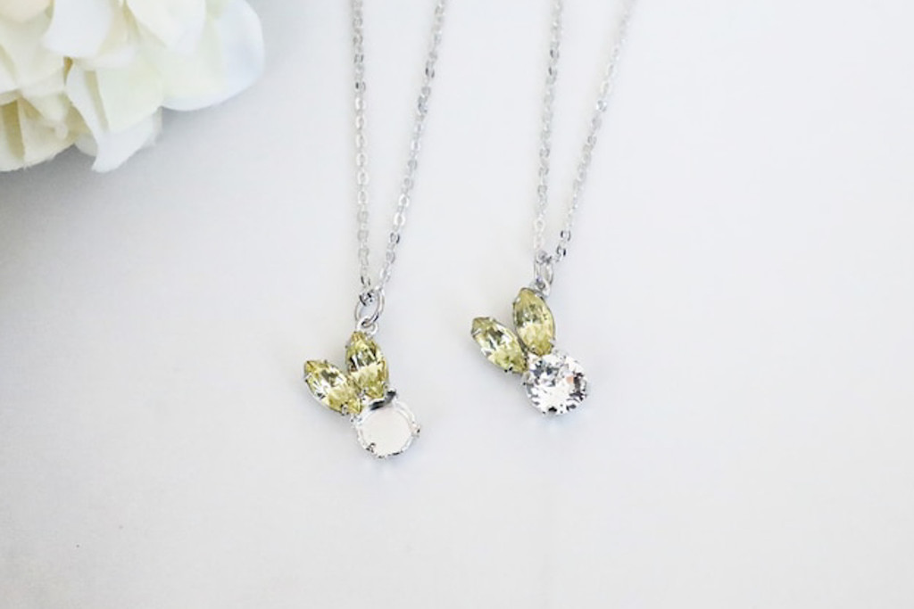 8.5mm | Small Bunny Crystal Rhinestone Off Set Necklace | One Piece