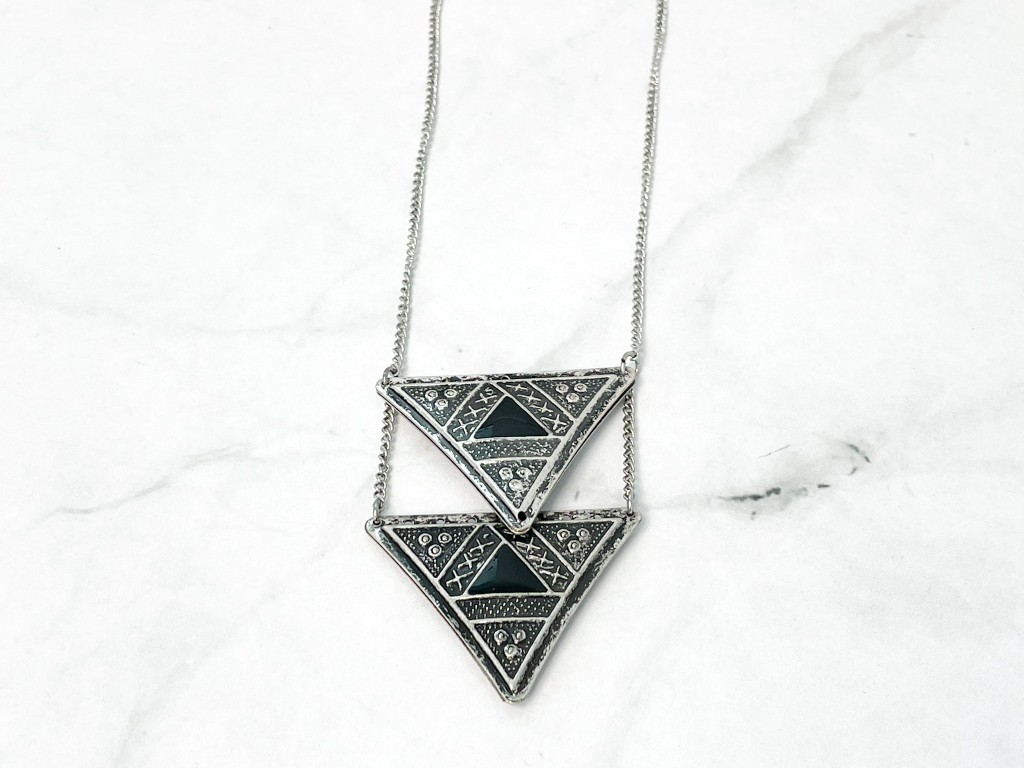 Target Boho Silver Ox Triangle Necklace   MSRP 14.99