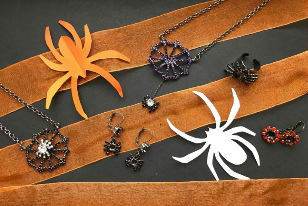 LVR celebrates Fall with our LIMITED EDITION Halloween Collection!