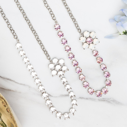 8.5mm | 24 Setting Off Set Flower Necklace | One Piece