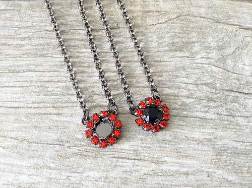 8.5mm   One Setting Necklace With Hyacinth Halo   One Piece