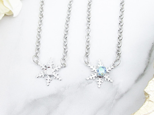 6mm | Single Snowflake Necklace | One Piece
