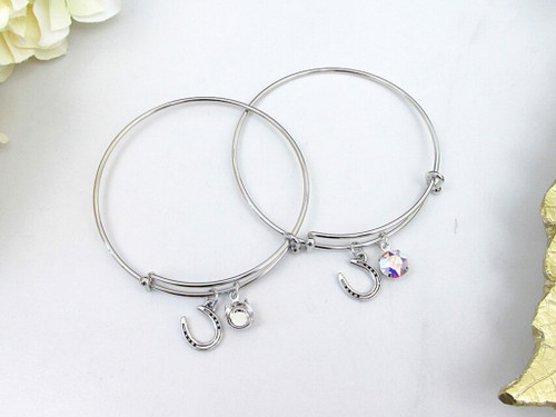 8.5mm | Horseshoe Charm Bangle Bracelet | One Piece