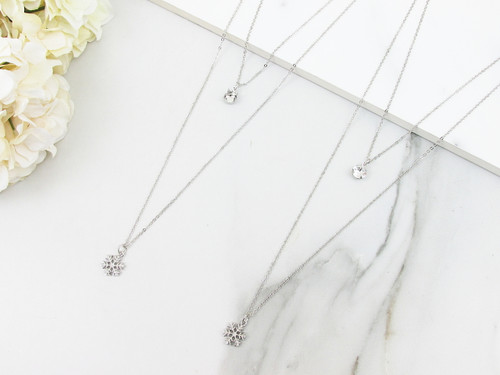 8.5mm | Layered Snowflake Charm Necklace | One Piece