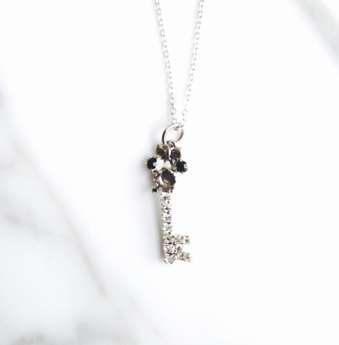 6mm | Girl Mouse Rhinestone Key Necklace