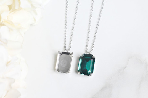 18mm x 13mm Octagon   Single Pendant On Necklace Chain   One Piece