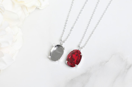 18mm x 13mm Oval   Single Pendant On Necklace Chain   One Piece