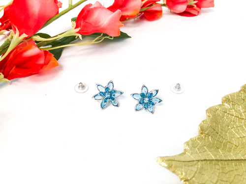 Flower Earrings made with Swarovski Aquamarine