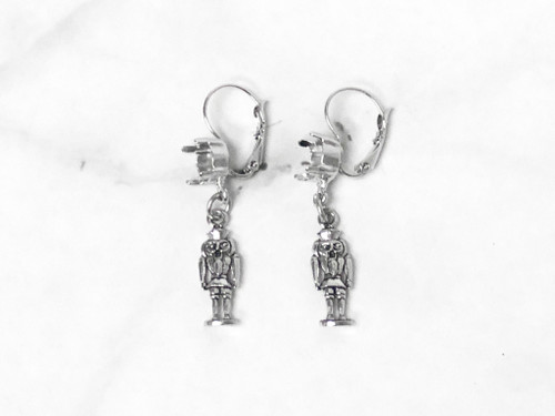 8.5mm | Nutcracker Drop Earrings | One Pair