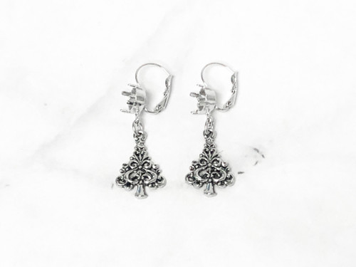 8.5mm | Swirl Christmas Tree Drop Earrings | One Pair
