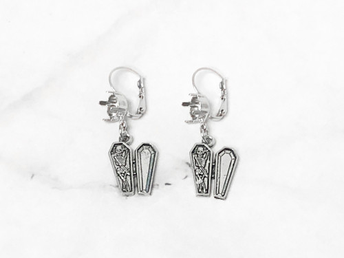8.5mm | One Setting Drop & Skeleton in Coffin Earrings | One Pair