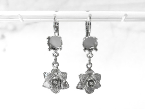 8.5mm | One Setting Drop & Textured Floral Charm Earrings | One Pair