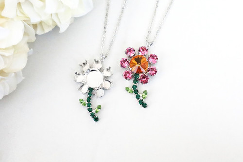 6mm & 12mm Round | Daisy Flower Pendant On Necklace Chain | One Piece