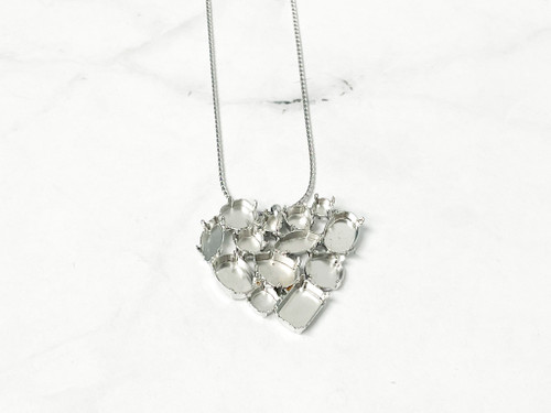 Limited Edition | Heart Cluster Necklace | 1 Piece