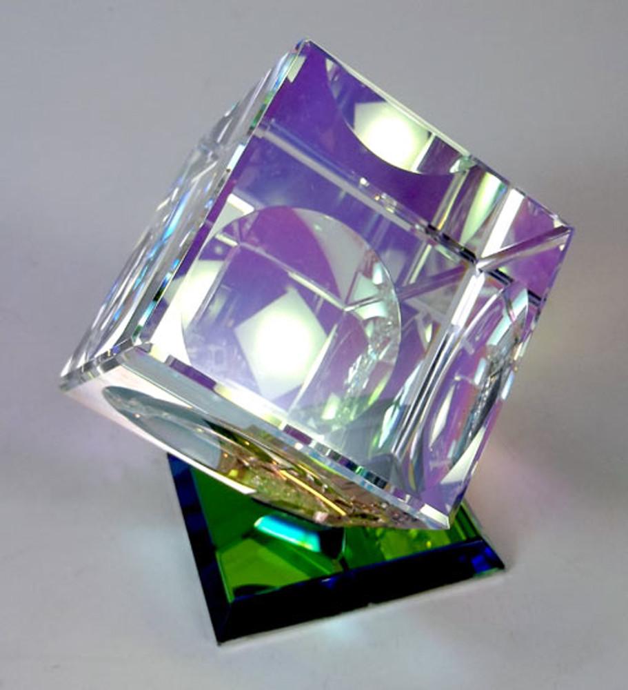 Crystal/Dichro Cube