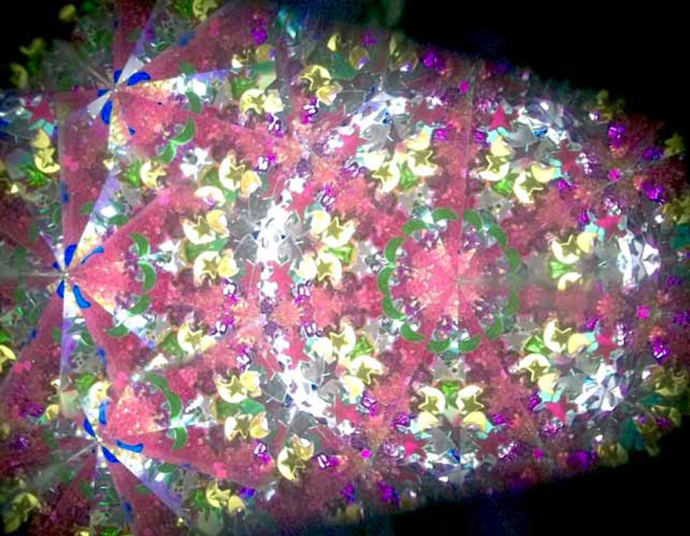 Kaleidoscope with 2 Object Wands