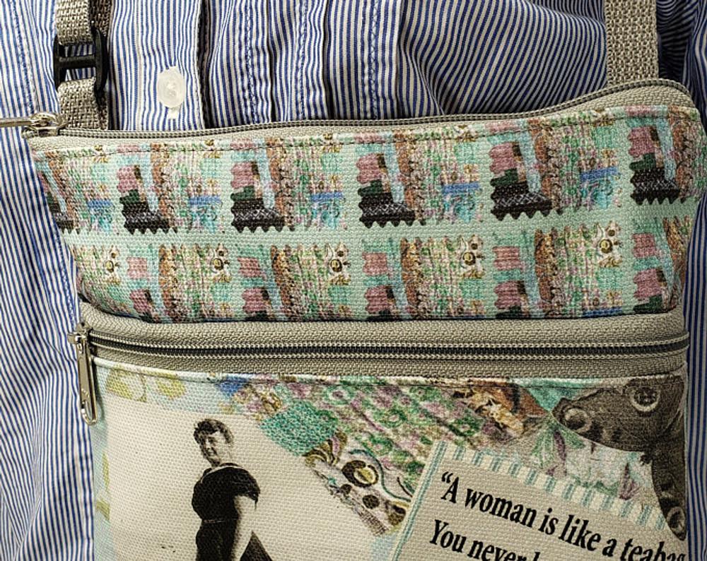 Eleanor Roosevelt Quote - Travel/Casino Bag