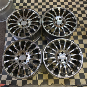 JapanStock  02/05/2020             19 inches ? Carlsson ? Carlsson ? CR1 / 16 ? wheel ? 4 set ? 114.3-5H ? F / 8.5J 40 R / 10J 45 ? plating ? BIG compatible ? sedan etc. ? First come first serve