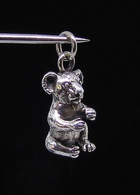 Very cute Sterling silver Animal Pendant Little Koala Bear Australia wildlife high polished 925 silver